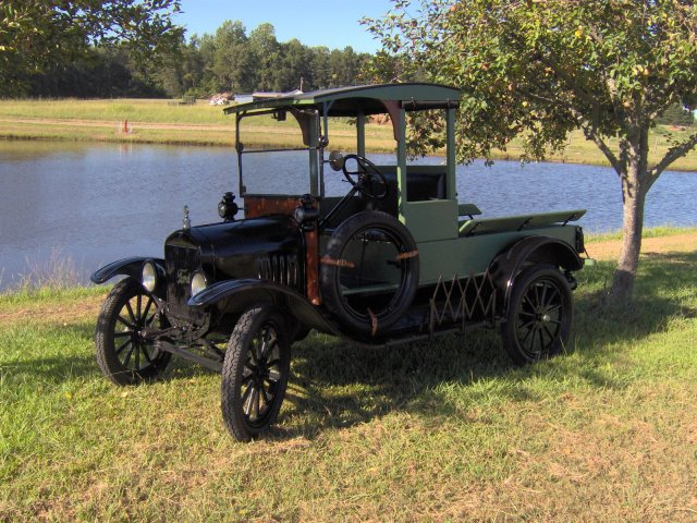 1919 Ford Model T Pick-Up Truck
