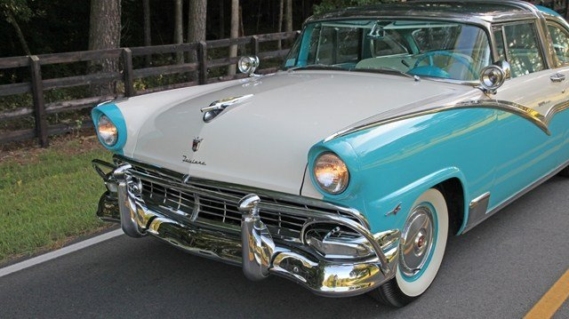 1956 Ford Crown Victoria 3